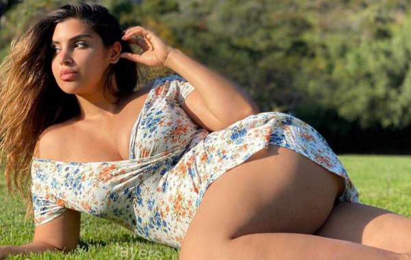 Sexy Call Girls in Gurgaon for Most Romantic Nights